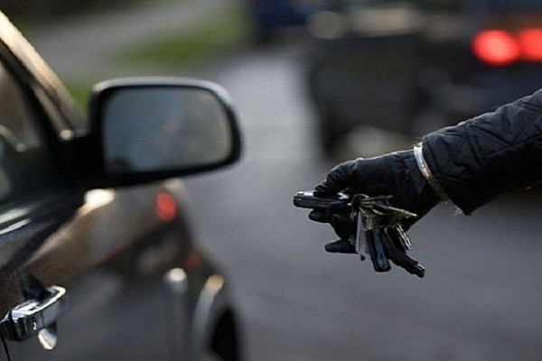 راهنمای خرید بهترین دزدگیر خودرو از ایمن کالا