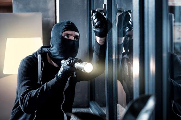پیشگیری از سرقت منازل خالی از سکنه